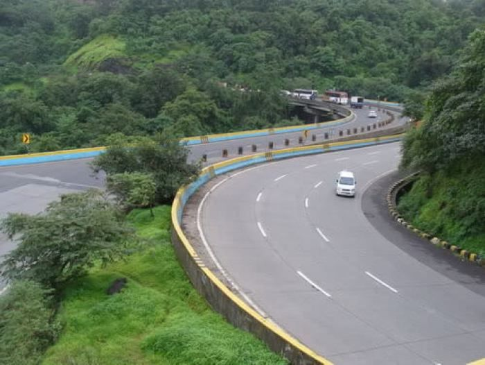 10 Best Road Trips In India Worth Trying Once In Life Road Trip Fun Road Road Trip