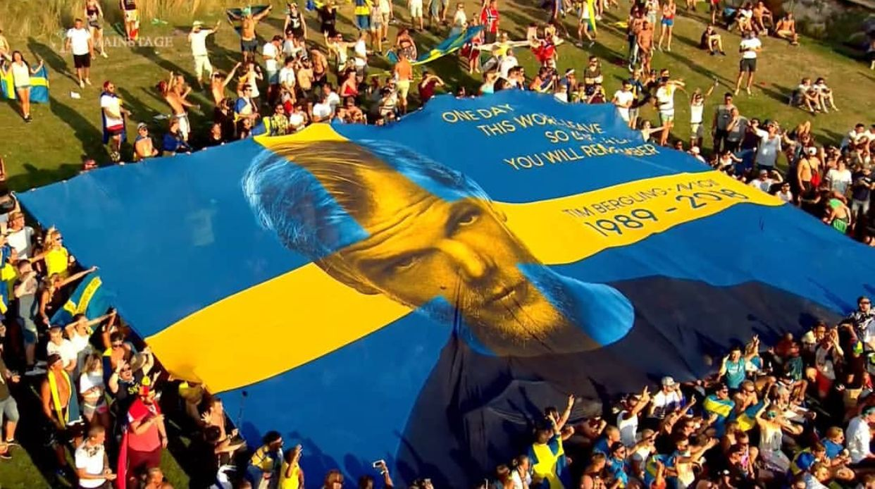 In Honour Of Tim Swedish Fans Created This Magnificent Flag That
