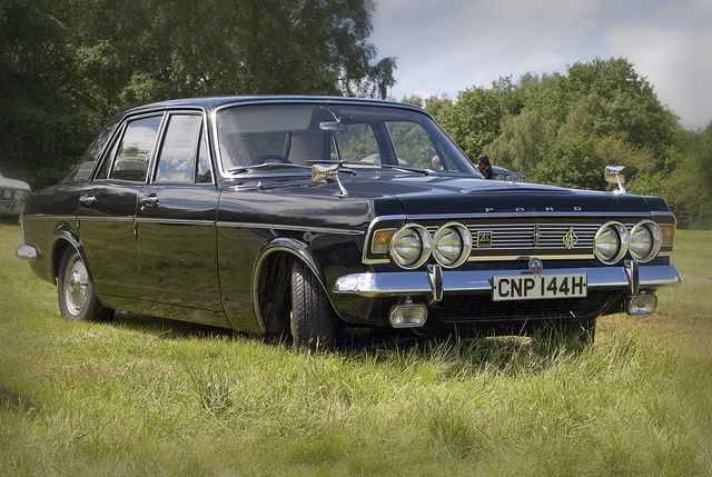Ford Zodiac Mk4 1970 With Images Classic Cars British Ford