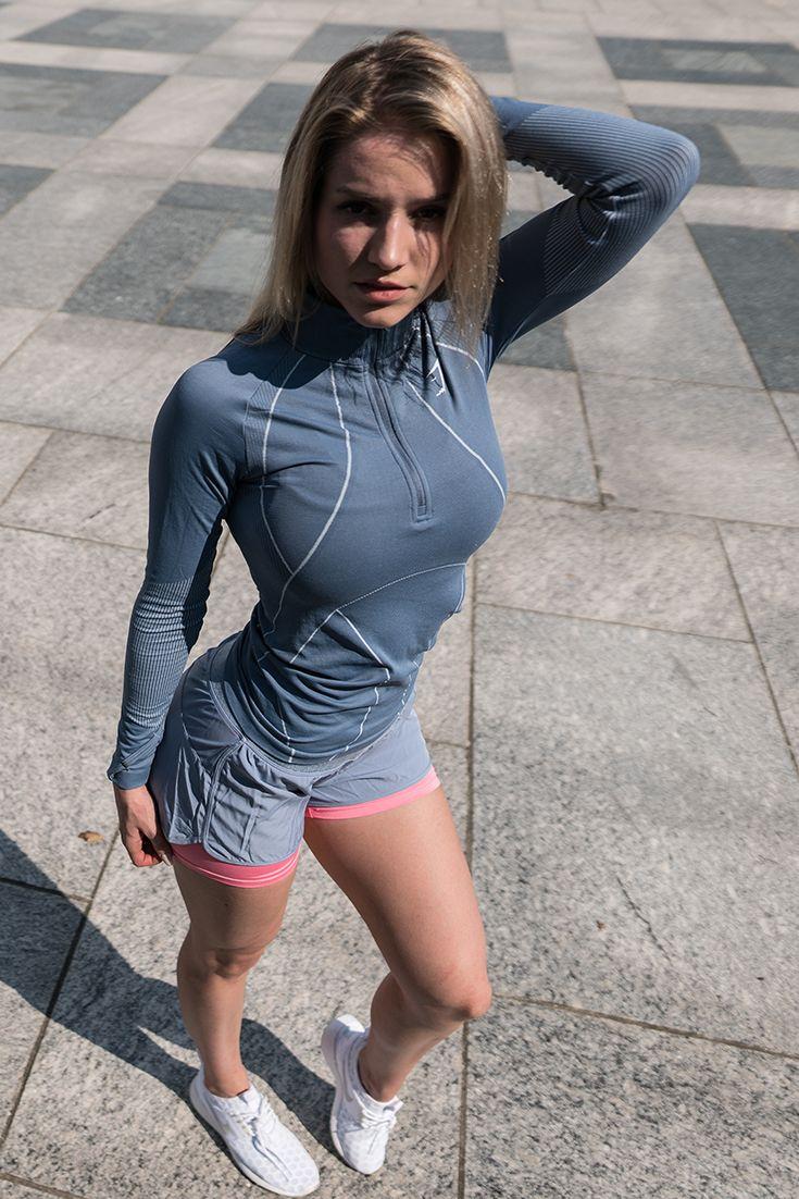 91db49fde096fb Robin Gallant wearing Gymshark   girls   Fitness fashion, Gym ...