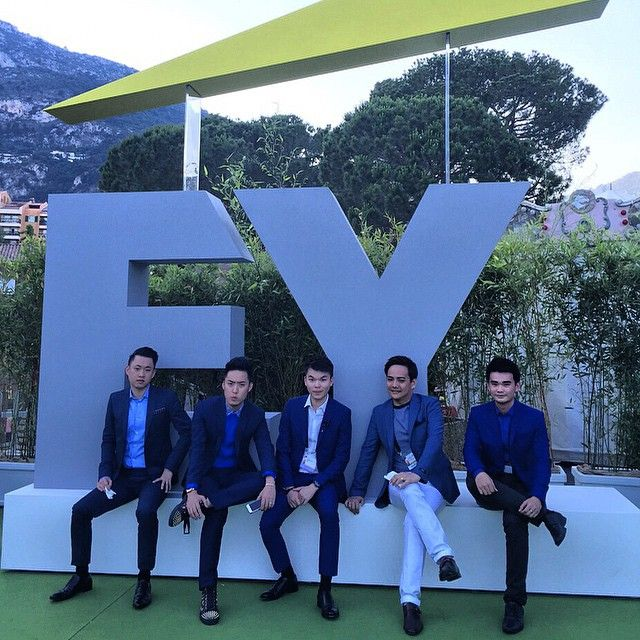 Ballin' like a leader.  #EY #WEOY