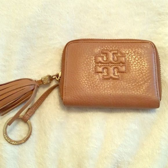 9cf880696a05 TORY BURCH KEYCHAIN wallet reposting (last sell didn t go through) Like  new
