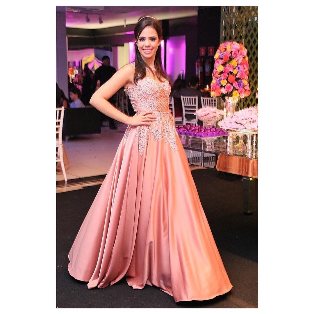 Pin by Layane Medeiros de Castro on vestidos de festas | Pinterest ...