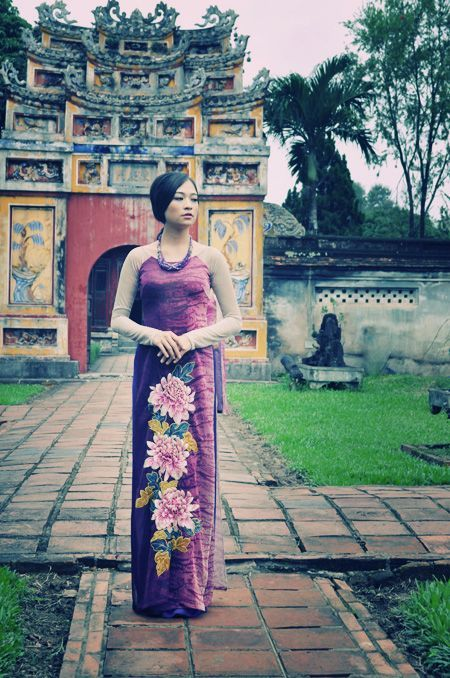 The latest collection of Áo dài brings Vietnam spring.