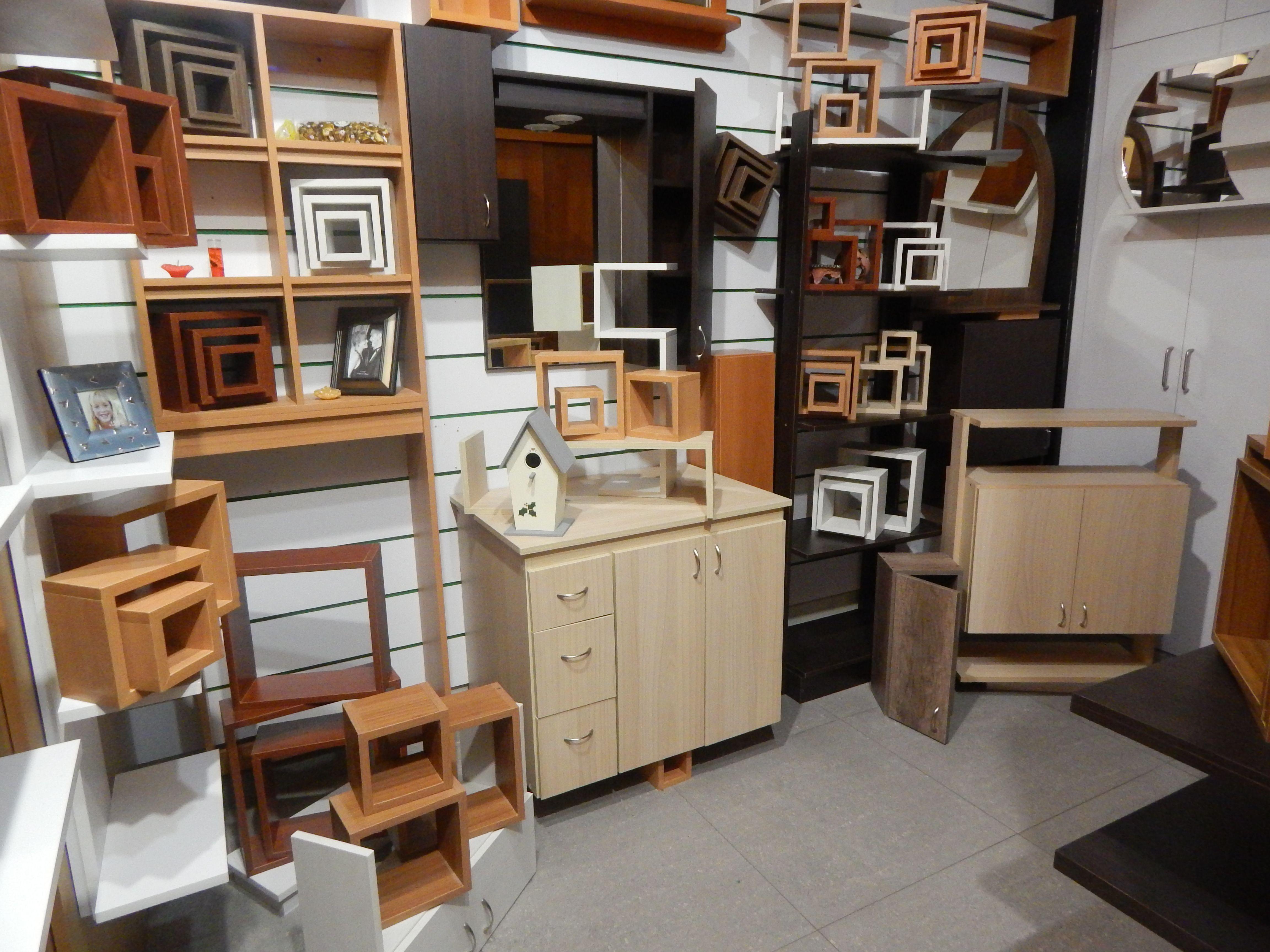 Exhibici n en tienda muebles para ba os aereos pinterest - Muebles buenaventura ...