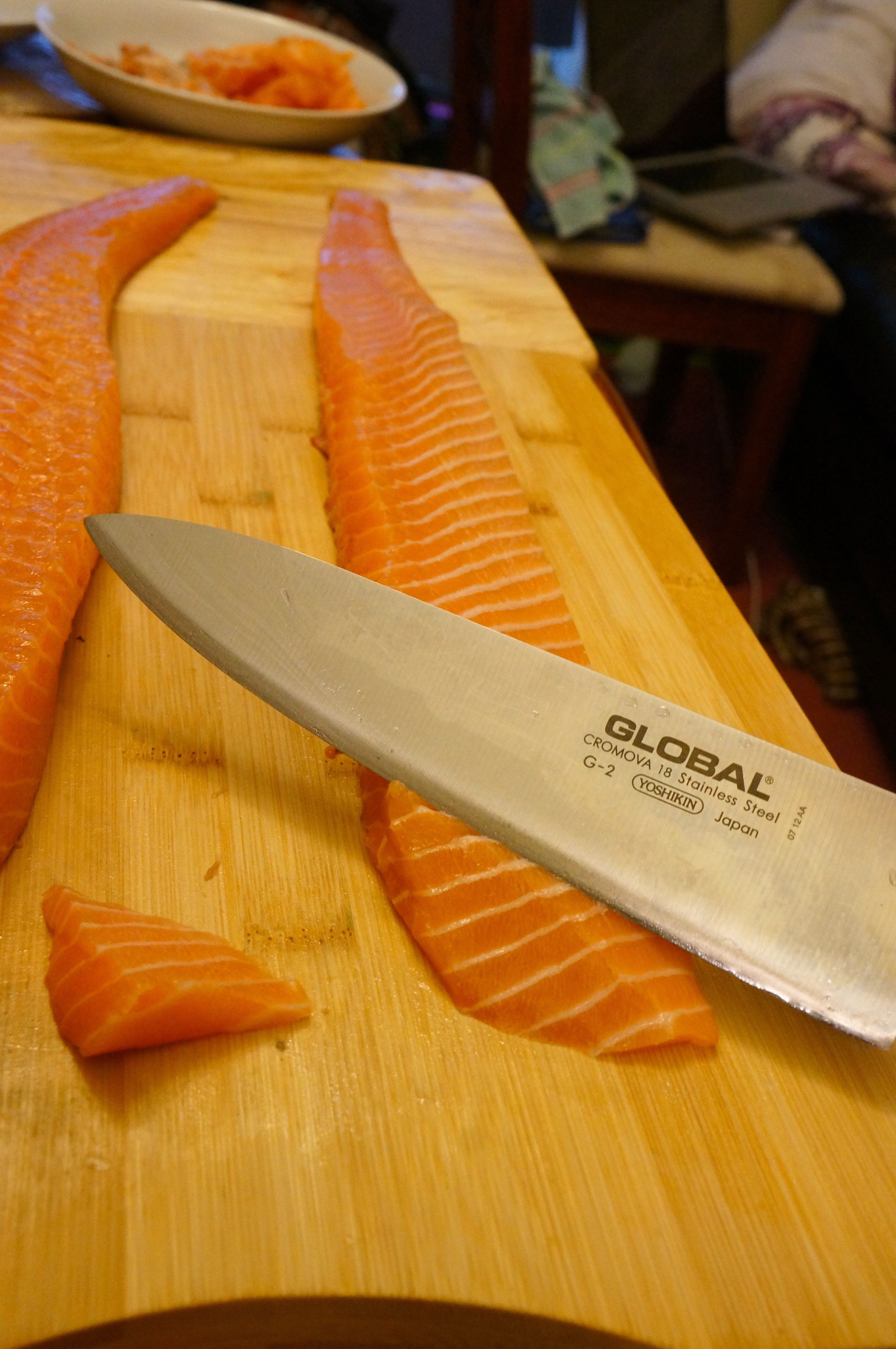 Introduction To Sushi Making: How To Cut Nigiri And Sashimi (chapter 2)