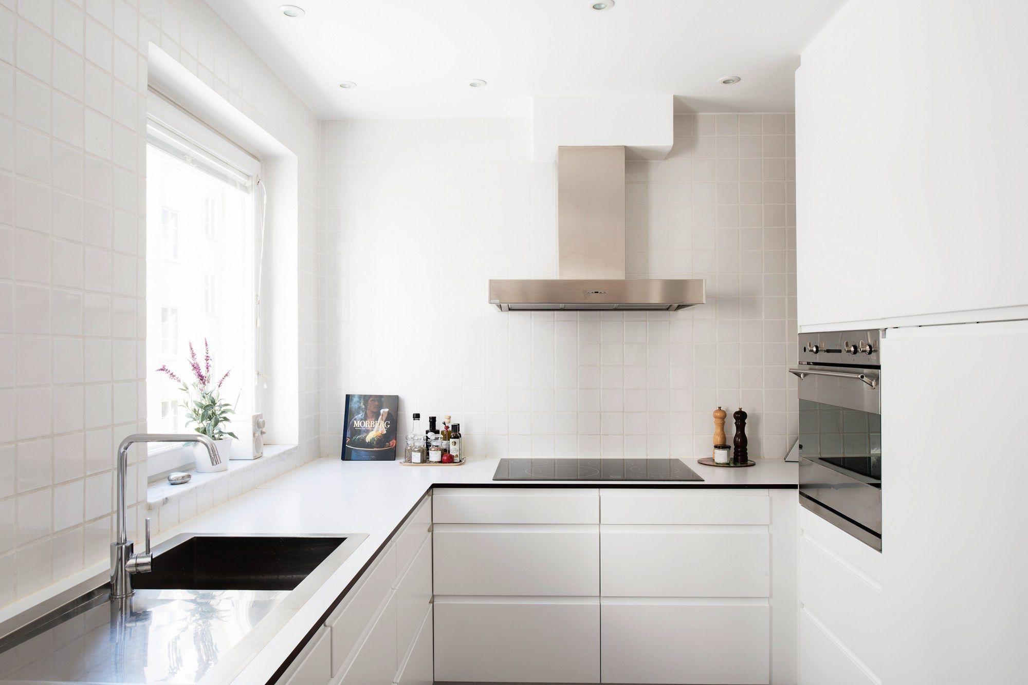 estilo nrdico escandinavo decoracin cocinas cocinas nrdicas cocinas modernas blancas cocina bien iluminada sin adornos blog - Cocinas Modernas Blancas