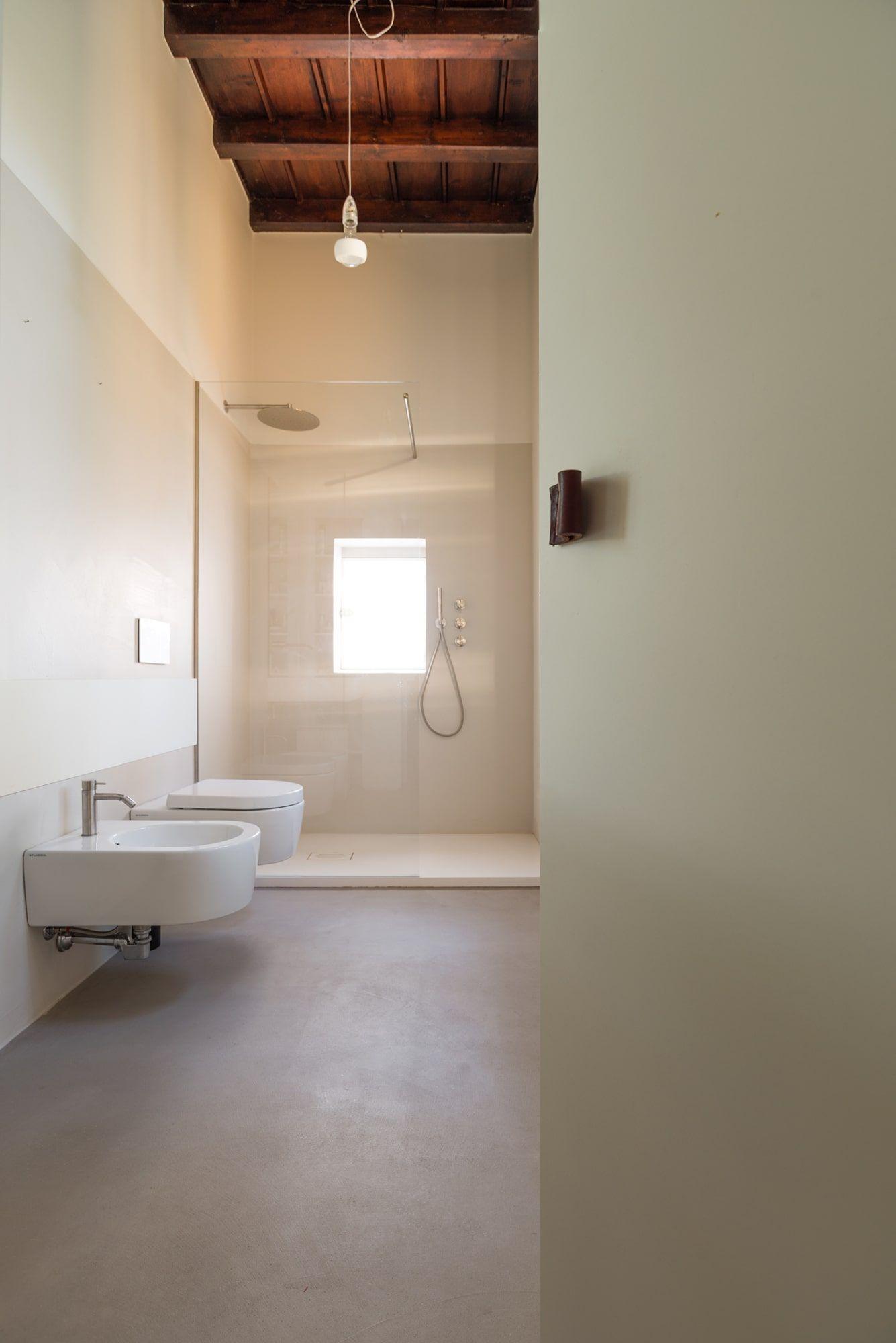 Duearchitetti simone bossi la casa di andrea bagni for Architettura di interni