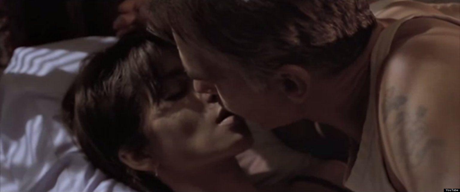 popular-movie-sex-scenes-girl-flashing