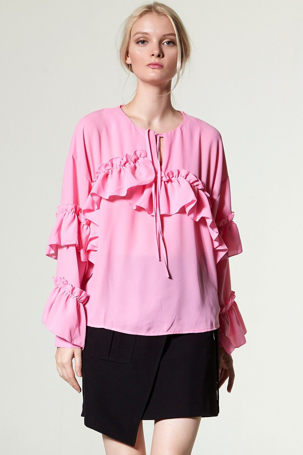 90b19466 Dana Ruffl Blouse Discover the latest fashion trends online at storets.com