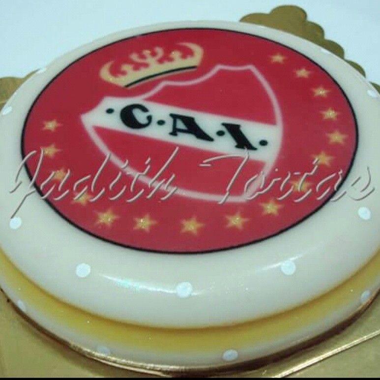 """Gelatina en capas """"Club Atlético Independiente""""."""
