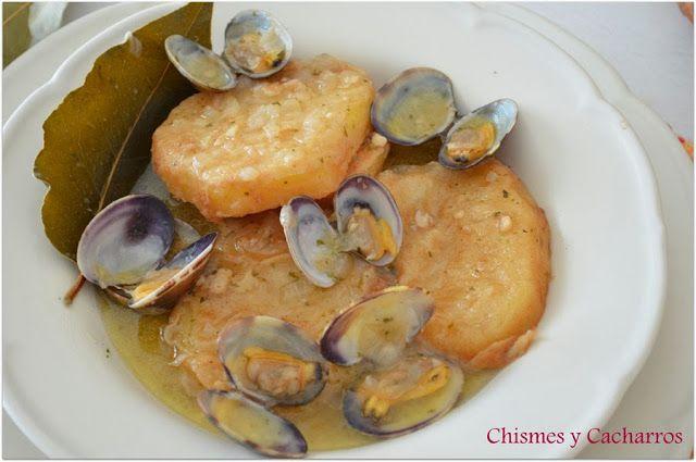 Chismes y Cacharros: Patatas a la Importancia con Almejas (Tradicional)