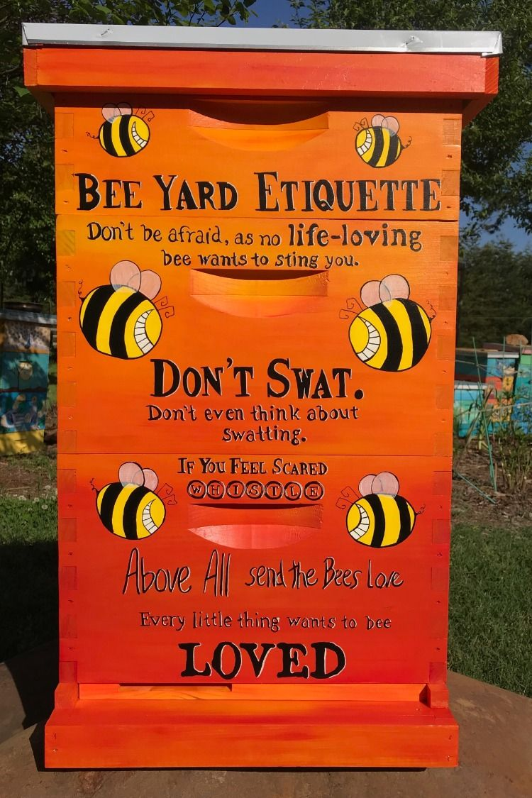 Izzabella Beez Painted Hives on Etsy   Bee hives boxes, Painted bee hives,  Bee hive