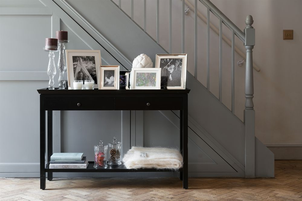 Black Console Tables In Hall In 2020 Black Console Table