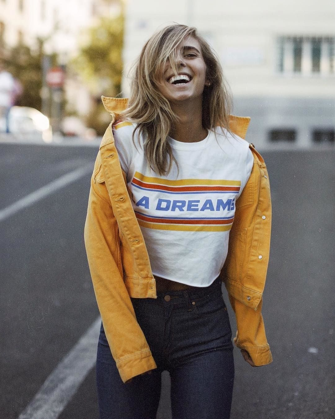 30c6a4be26 Urban Outfitters LA Dreams Cropped T-Shirt