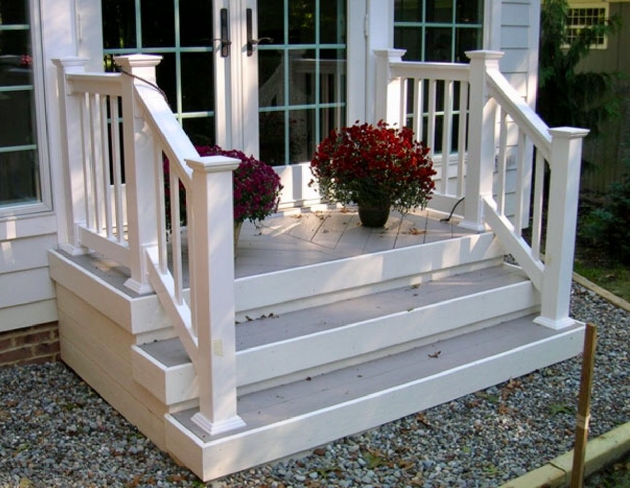 Pin By Linda Driver On Decks Front Porch Steps Farmhouse Front
