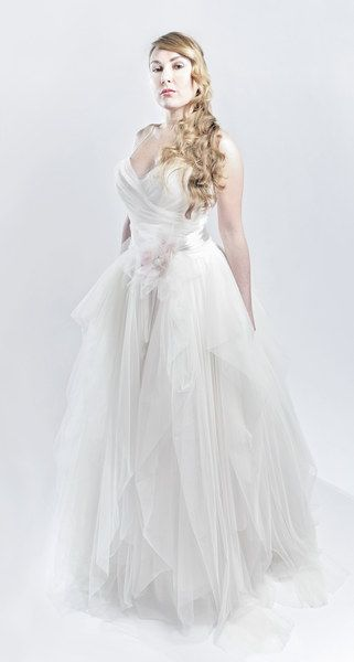 f1d34f31a768 Franco Ciambella crea abiti da sposa per taglie 50