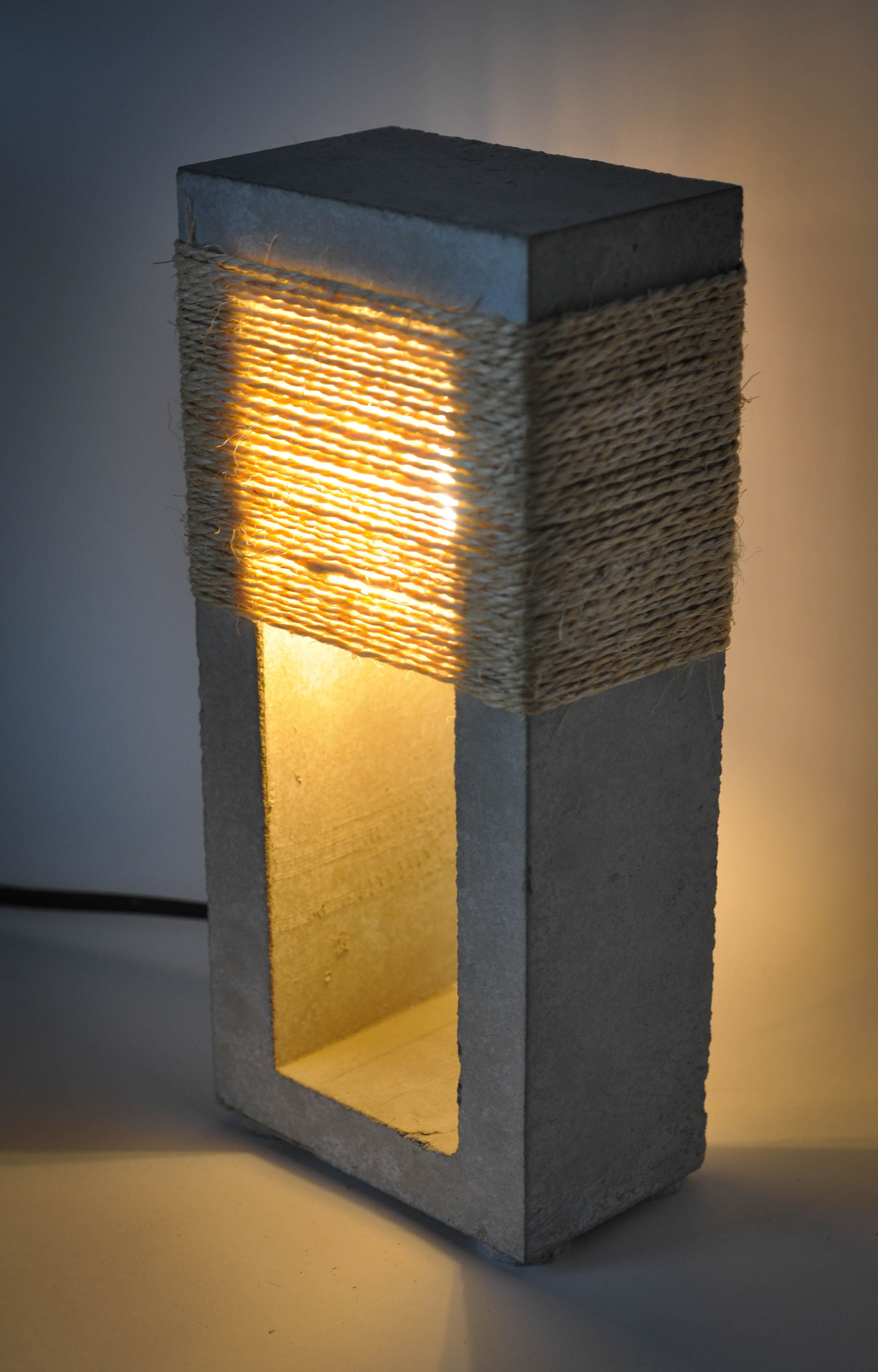 Concrete And Jute Rope Table Lamp Concrete Lamp Concrete Diy Concrete Decor