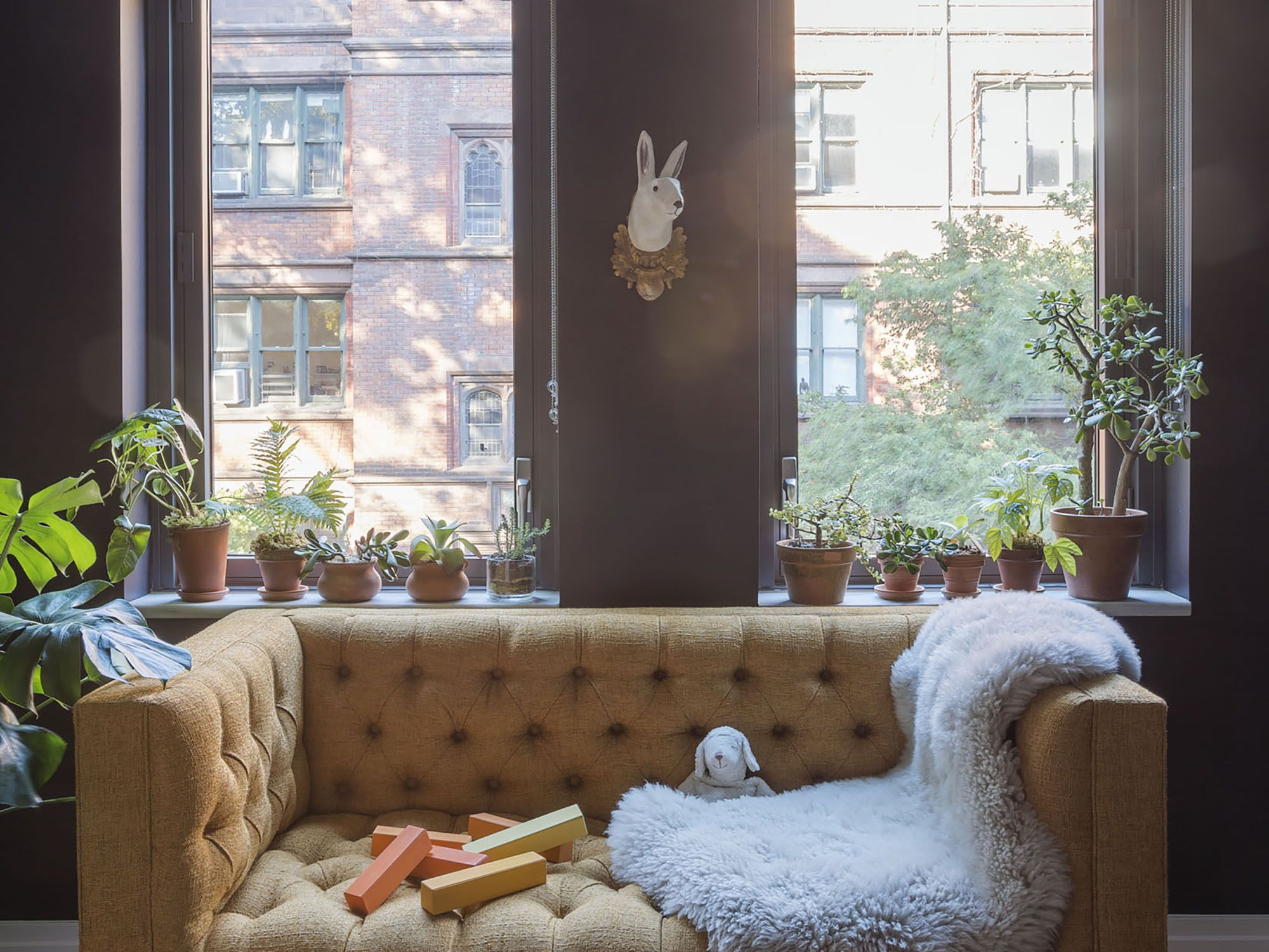 Curated Interiors for a Chelsea Residence Livingroom Pinterest