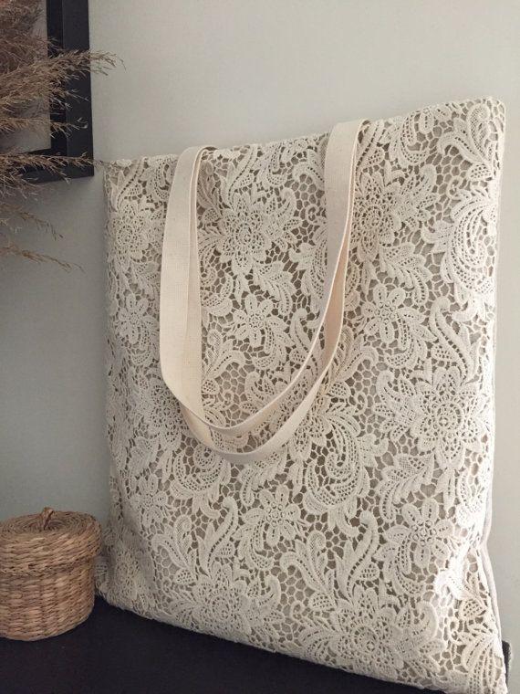 Artículos similares a Bolso de boda de algodón Shabby Chic hecho a mano en venta, bolso de encaje, bolso de encaje, estilo vintage, marfil / blanco roto, hecho a pedido, pedido L066 en Etsy  – Bolsa de moda