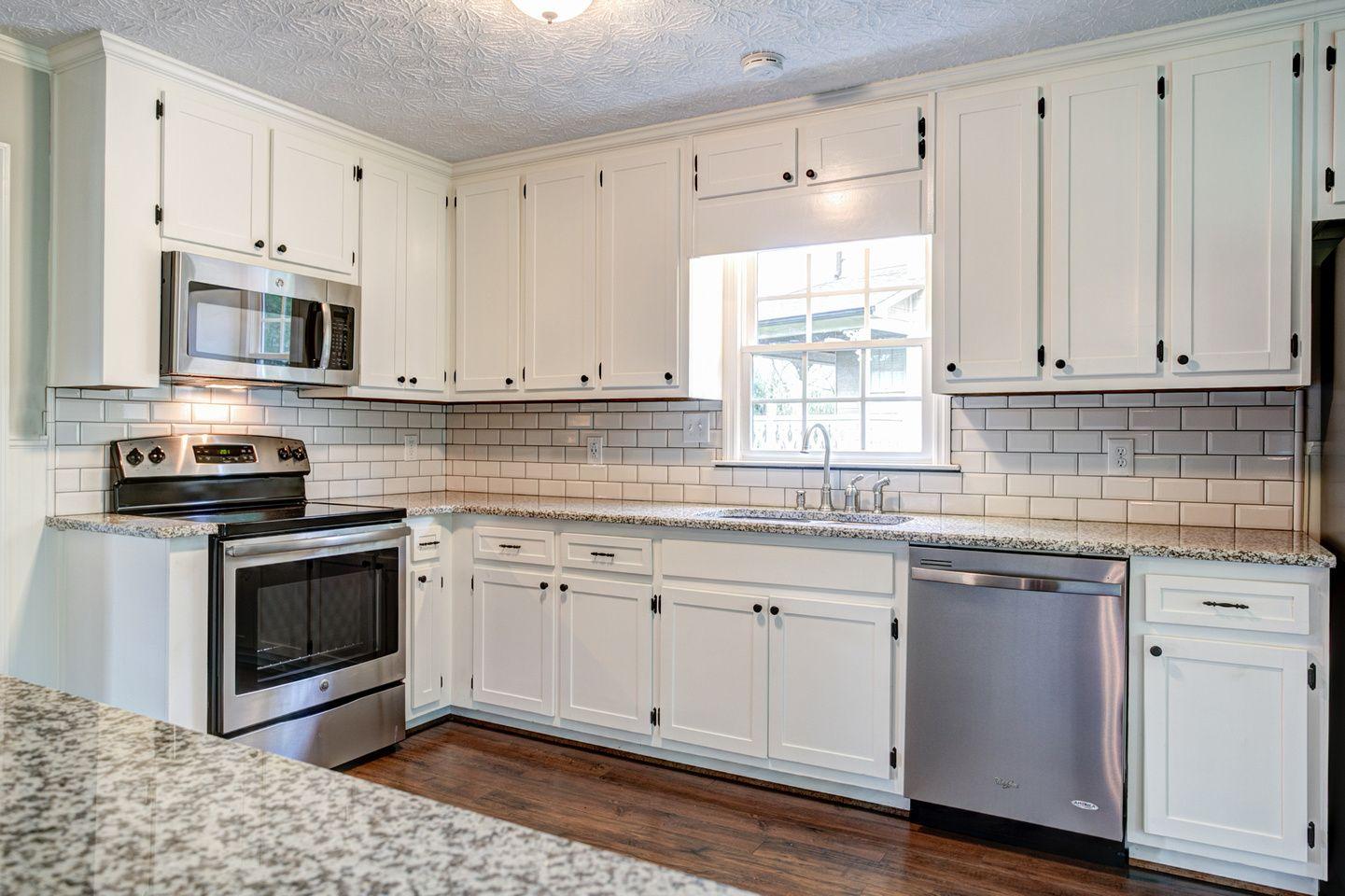 2127 Tully Wren Ne Marietta Ga 30066 Kitchen 7 Edit Kitchen Kitchen Cabinets Home Decor