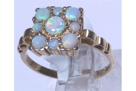 9ct gold vintage fancy opal ring , size M