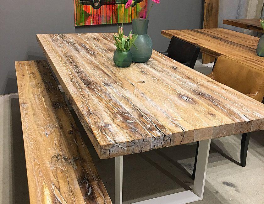 Esstisch aus Eichenholz-Altholz mit weiß-pigmentierter Oberfläche