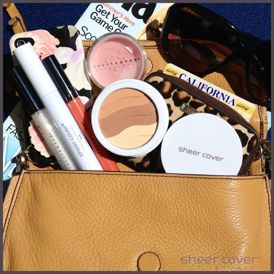 Whats in your bag? Minerals makeup, Makeup kit, Makeup
