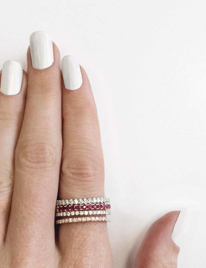 Vrai & Oro | Vrai Essentials | Diamond stacking rings