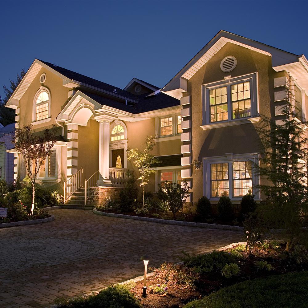 Residential Uplighting Technique Landscape Lighting Outdoor Lighting Landscape Lighting Transformer