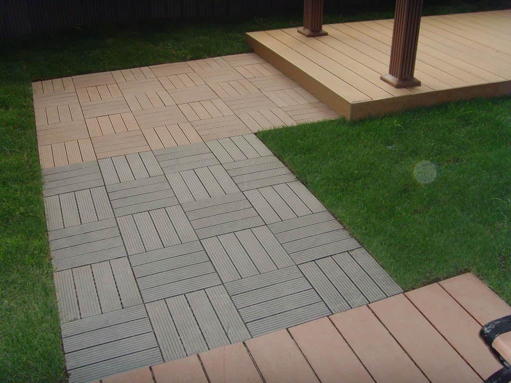 Interlocking Deck Tiles Over Grass, Outdoor Interlocking Tiles For Grass