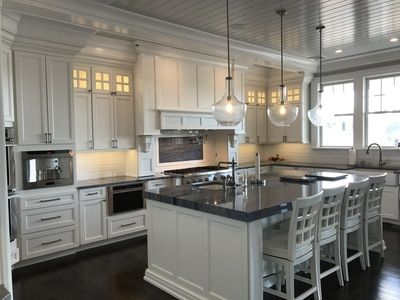 Lakeville Kitchen And Bath Galleries Lakeville Kitchen And Bath Contemporary Kitchen Kitchen Projects Design Kitchen And Bath Gallery