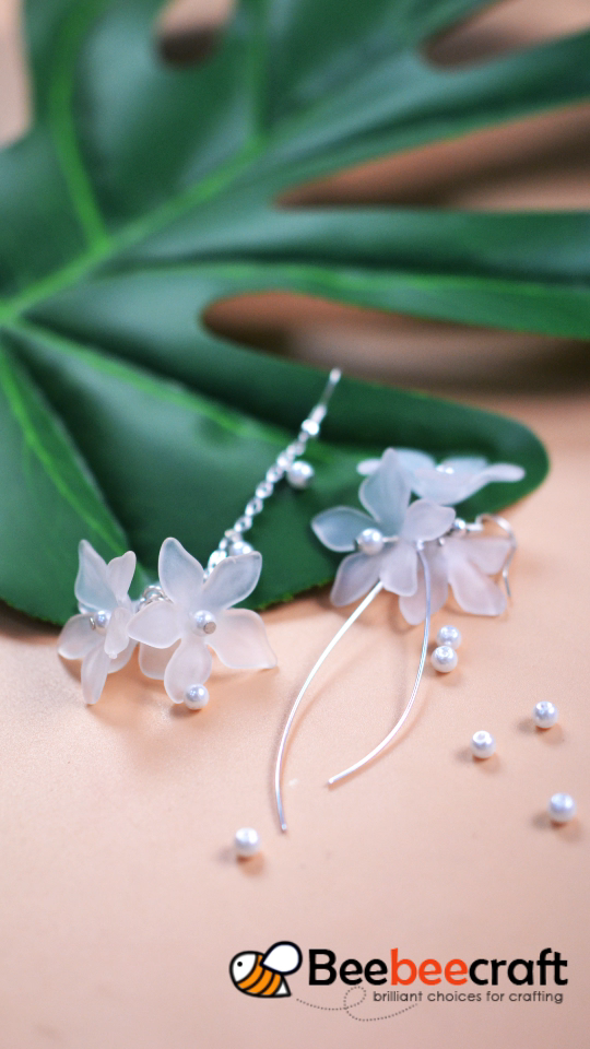 NBEADS 500g Translucent Frosted Style Acrylic Flower Beads, Bracelet Necklace Spacer Loose Beads Charm Pendant Beads for Jewelry Making is part of Beaded flowers, Acrylic flowers, Jewelry making beads, Bead embroidery jewelry, Diy wire jewelry, Jewelry making -  contrast settings there could be some slight differences in the color tone of the pictures and the actual item  Product in the picture may look larger than the actual, Please pay attention to sizes