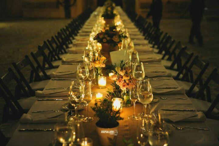 Una mesa imperial con decoración rustica-vintage. Preciosa!!! Boda Mallorca. Pasion eventos