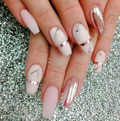 Gorgeous Coffin Shaped Nails In Chrome Rose Gold Marble And Light Mauve Pink Perfect Bridal Nails Stylish Nails Designs Chrome Nail Art Chrome Nails