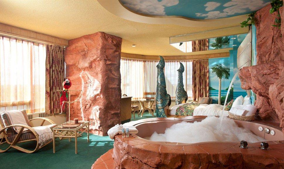 Polynesian Luxury Theme Fantasyland Hotel West Edmonton Mall Alberta Canada