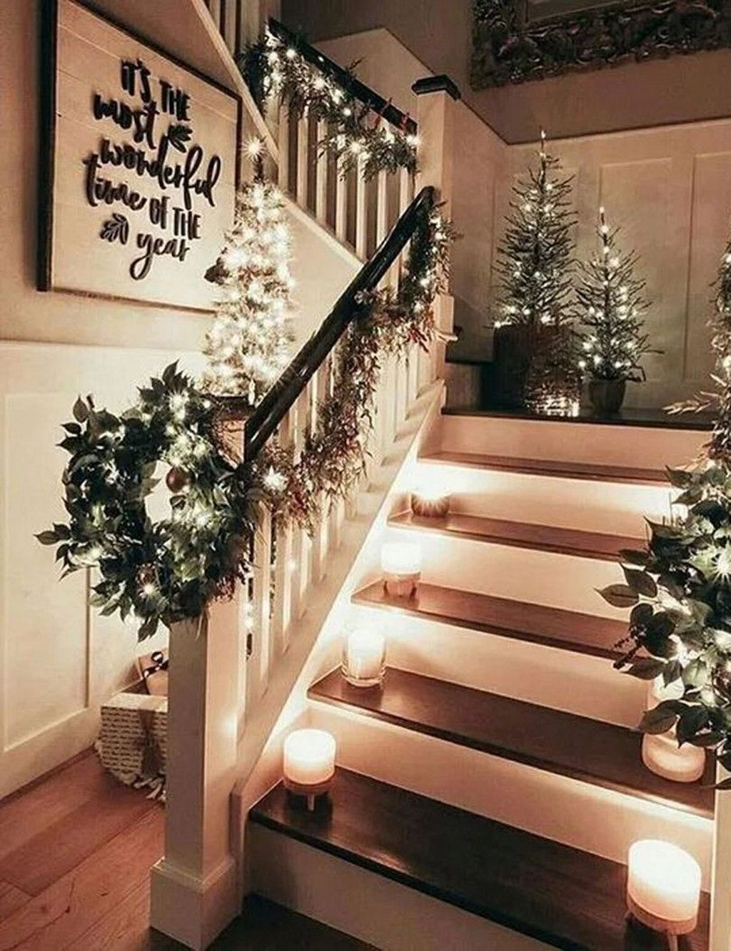 Pin By Lauren Livengood On Home Decor In 2021 Christmas Staircase Christmas Decorations Rustic Christmas Decorations