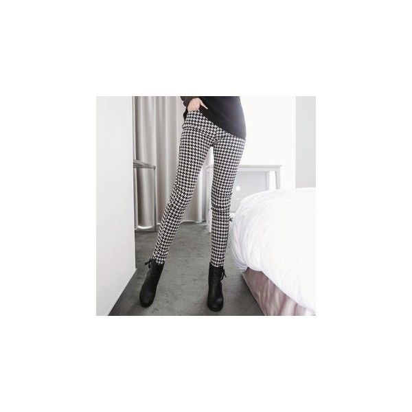 Houndstooth Tapered Pants (405.035 IDR) ❤ liked on Polyvore featuring pants, women, cotton pants, cotton trousers, houndstooth pants, white trousers y orangebear