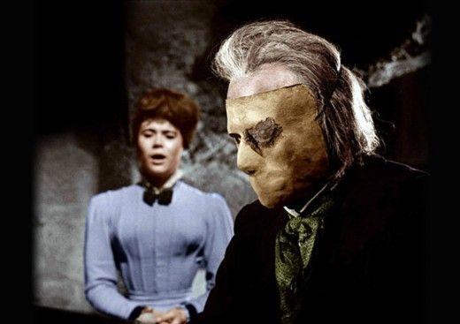 Heather Sears and Herbert Lom in The Phantom of the Opera (1962