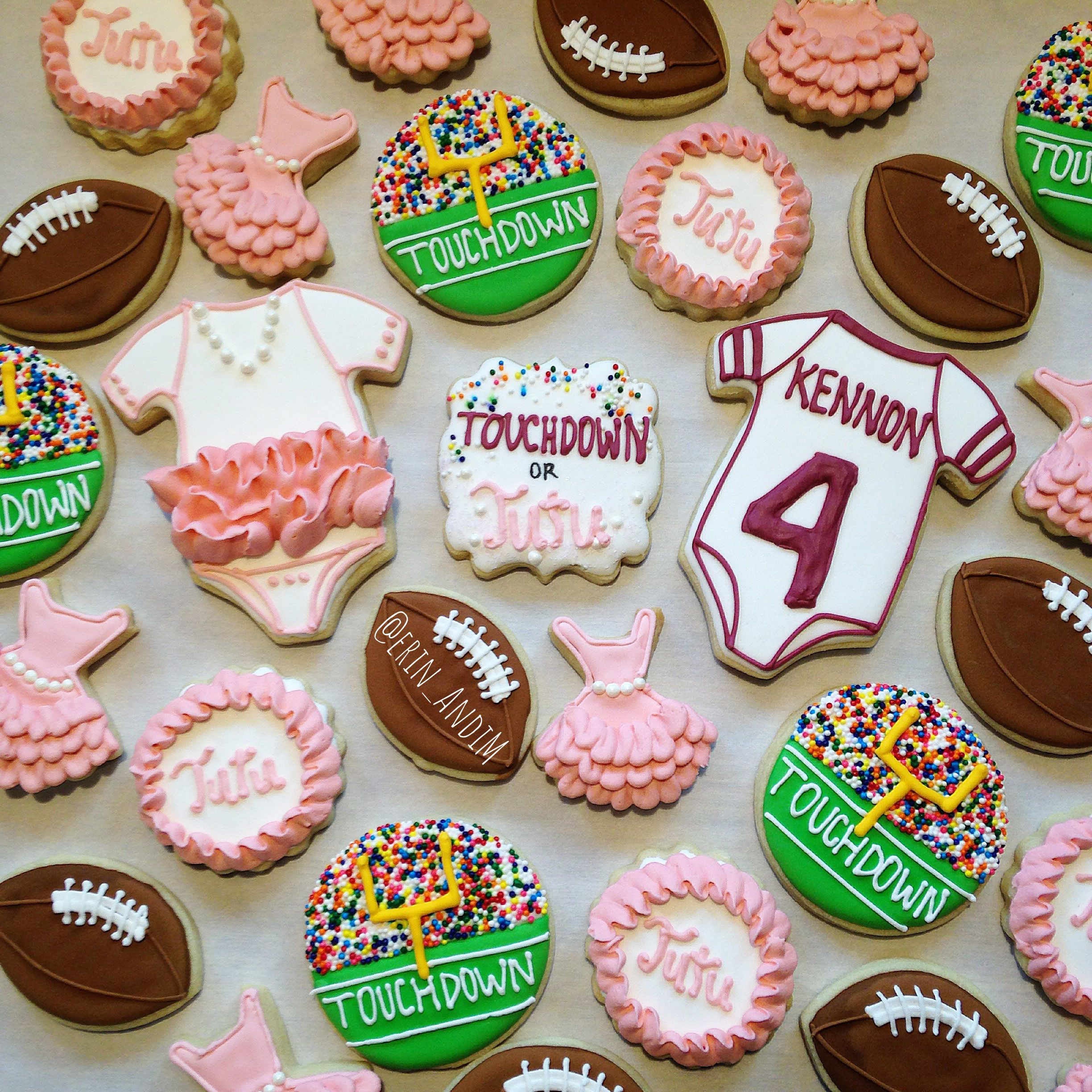 Touchdown Or Tutu Gender Reveal Sugar Cookies Decorated Cookies Royal Icing By Me Erin Gender Reveal Cookies Tutus Gender Reveal Baby Gender Reveal Party