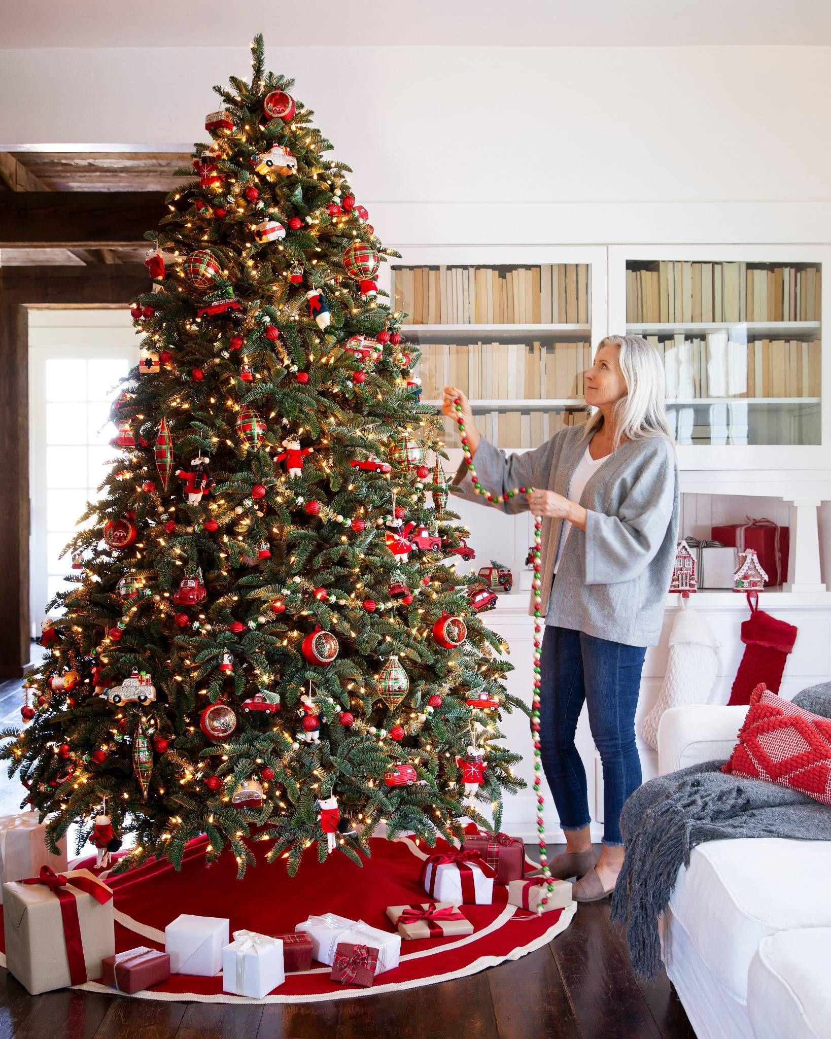 Christmas Cabin Ornament Sets Balsam Hill Noble Fir Christmas Tree Decorate Christmas Tree Like A Pro Fir Christmas Tree