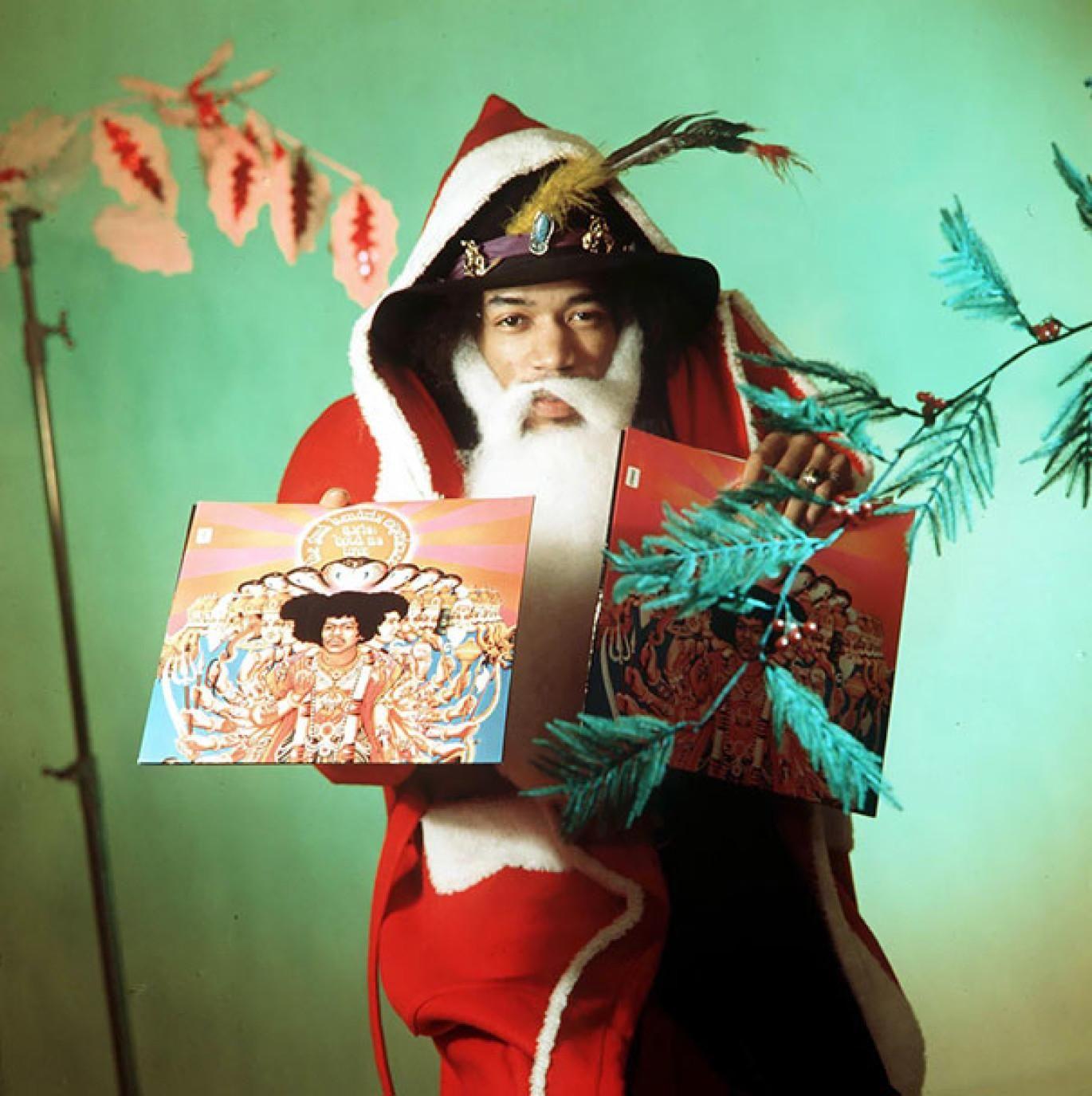 Jimi Hendrix dressed as Santa Claus (1967) | OldSchoolCool 3.0 ...