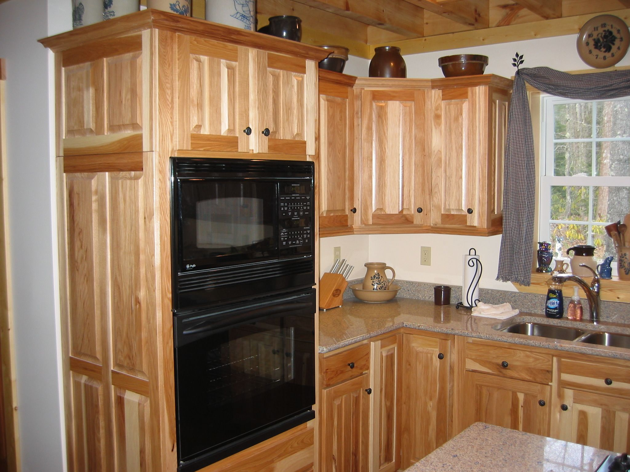 Hickory Kitchen Cabinet Have Some Benefits Since They Are Strong American  Hardwood And They Usually Used