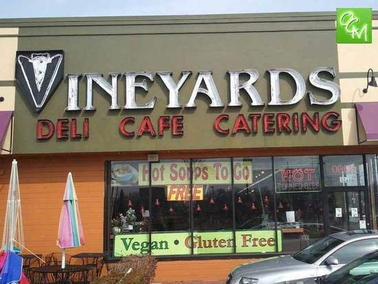 Review And Pics Of Vineyards Deli In Farmington Hills Mi Http