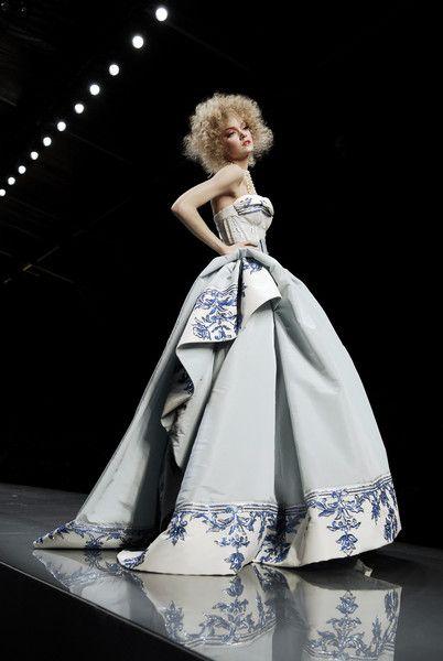Lindsay Ellingson at Christian Dior Haute Couture Spring/Summer 2009.