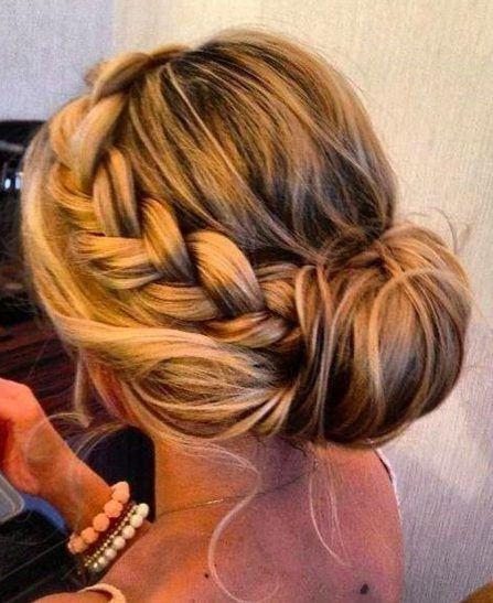 Peinados De Fiesta Recogidos Buscar Con Google Peinados Con Trenzas Recogido Con Trenzas Peinado Y Maquillaje