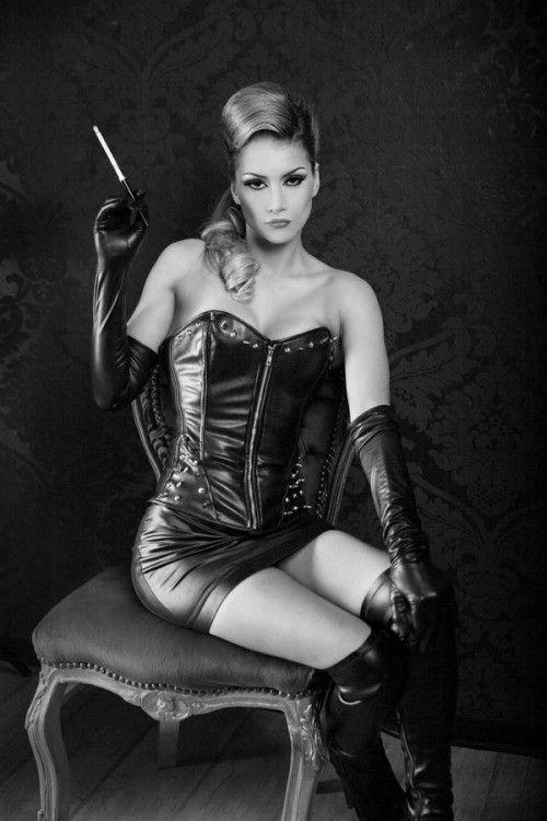 liza leather fetish Smoking