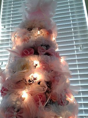 21-White-Pink-shabby-chic-cottage-victorian-Christmas-pinecone-tree-LIGHTS-LOOK