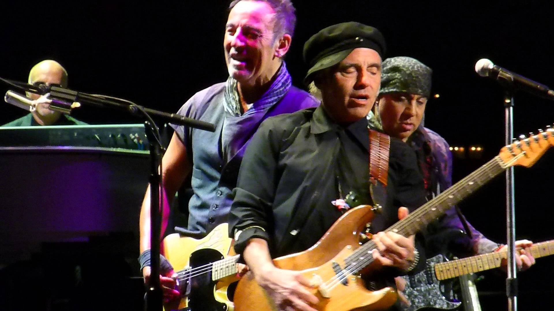 Bruce Springsteen Cadillac Ranch St Paul Mn 2 29 16 Hd Born To