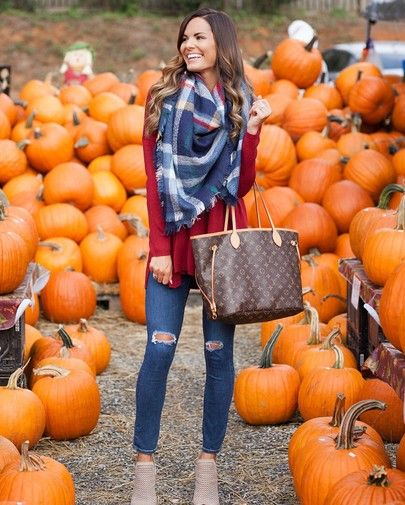 Was super basic this weekend and went to the pumpkin patch to do Fall y'all activities 😂 but I will say that this girl is super happy that is has really been feeling like Fall around Charlotte lately! 🙌🏼🍂🍁 Shop this look courtesy of @shopreddress via @liketoknow.it or you can shoot me a DM for product links! P.S. I also linked this exact sweater in other colors and linked some other scarves that I love. http://liketk.it/2ta7x #liketkit